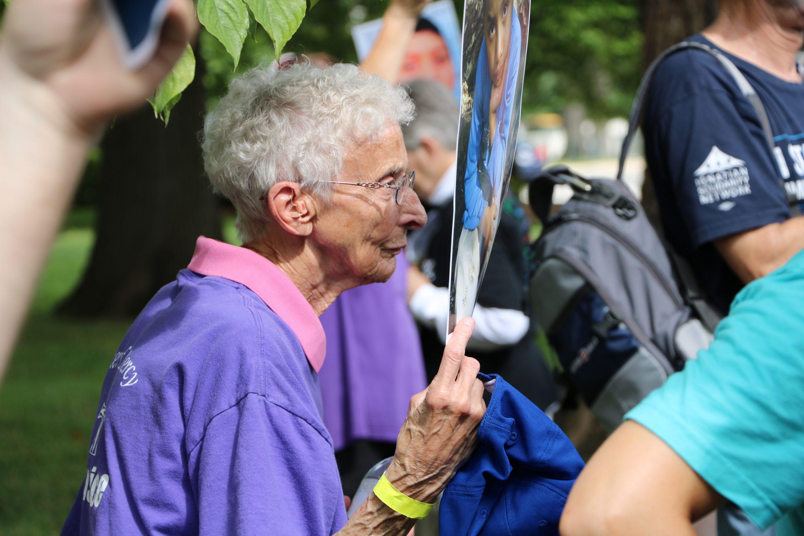 Hermana Pat Murphy en el Día de Acción Católica.